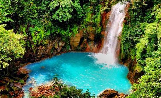 Rio-Celeste-Waterfall-Costa-Rica